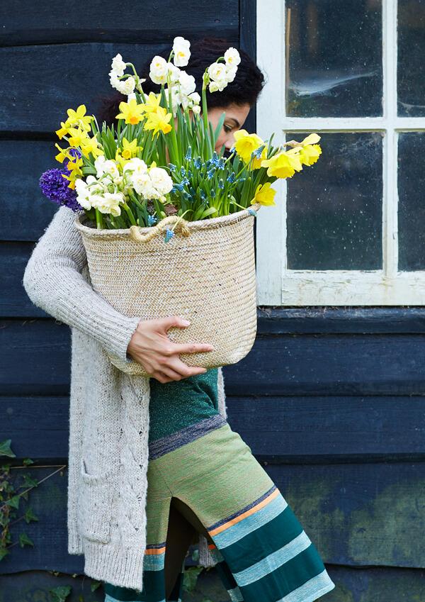 Blumen schenken Narzissen