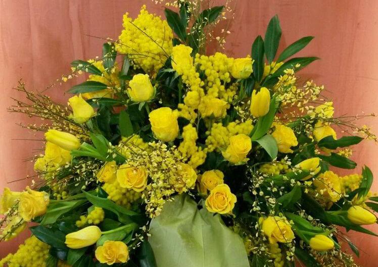 Trauerfloristik von Blumen und Ideen